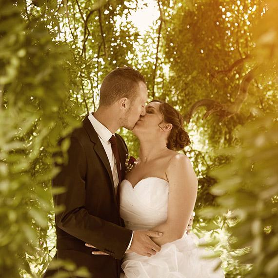 Photographe de mariage Aiguebelette seance d engagement couple fiançailles